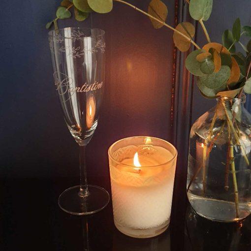Flute de champagne gravée main et bougie