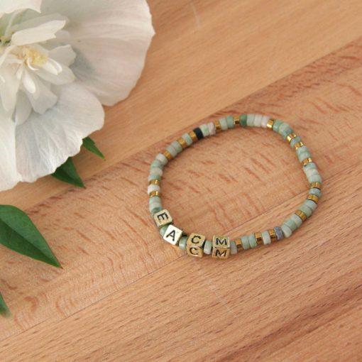 Bracelet en jade avec perles initiales