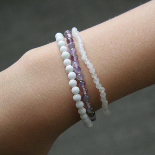 Assortiment bracelets Améthyste et Jade - Zoom perles améthyste - Kit créatif DIY