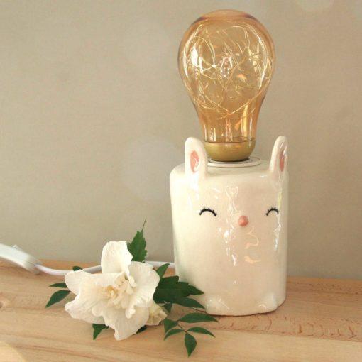 Lampe veilleuse en céramique artisanale pour décorer la chambre de bébé